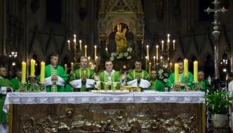 kardinal-bozanic-predvodio-misu-sa-zazivom-duha-svetoga-na-pocetku-348-akademske-godine-sveucilista-u-zagrebu