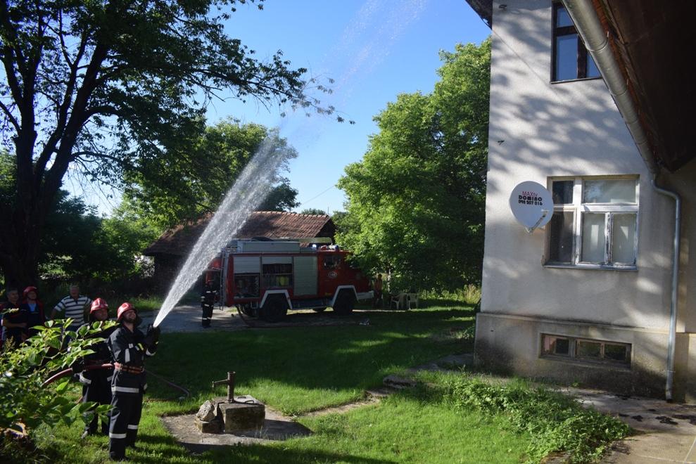 Vatrogasna vježba u Selnici 8