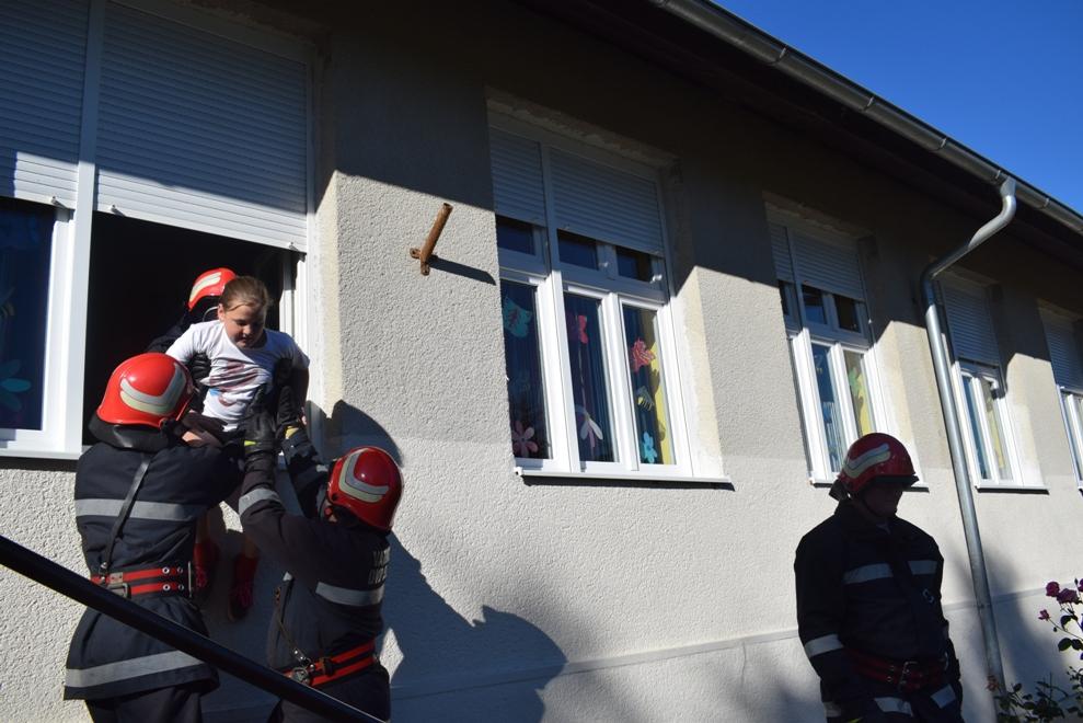 Vatrogasna vježba u Selnici 9