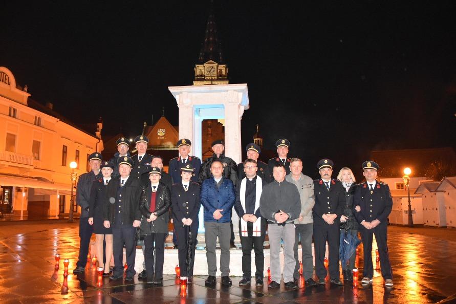 Lampioni za sjećanje na Vukovar6