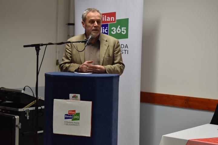 Milan Bandić na osnivanju podružnice stranke u Bedekovčini2