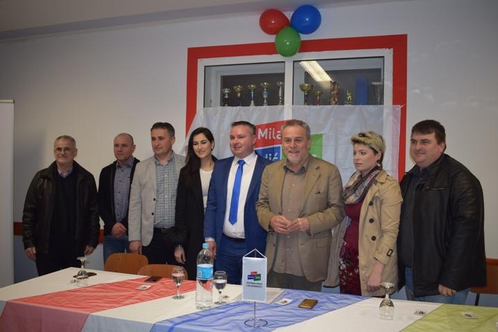 Milan Bandić na osnivanju podružnice stranke u Bedekovčini4
