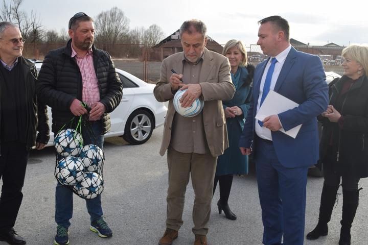 Milan Bandić na osnivanju podružnice stranke u Bedekovčini5