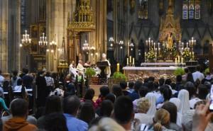 Kardinal Bozanić mladima Usudite se činiti više dobra u našoj sredini